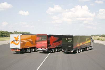 Семейство полуприцепов Kogel: слева - Kogel foxx cs, в центре - Kogel Cargo-MAXX, справа - Kogel Phoenixx