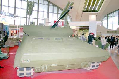 Боевая разведывательно-диверсионная машина 2Т Сталкер. 5-я Международная выставка вооружений и военной техники MILEX-2009, май 2009 года