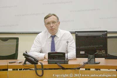 Генеральный директор ОАО КАМАЗ Сергей Когогин. Пресс-конференция для журналистов ведущих военных СМИ