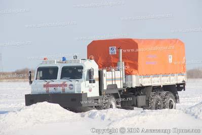 Образец специального колёсного шасси БАЗ-69092 для аварийно-спасательных и других неотложных работ для условий Арктики, 2018 г. Тренировка перед демонстрационным показом